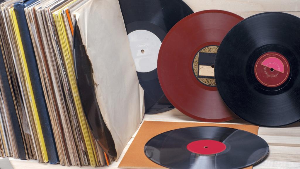 Valuing Vinyl Records